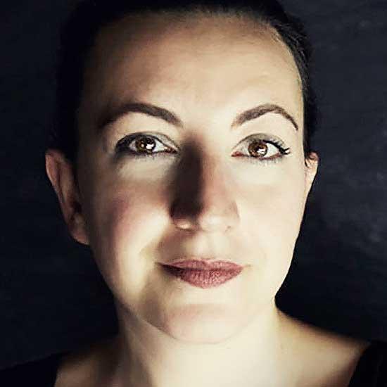 futurio Portrait Seda Roder